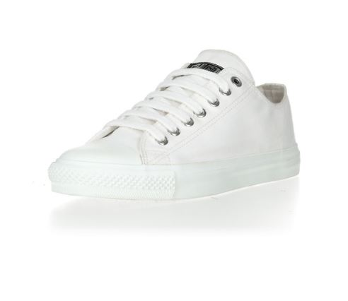 Ethletic Fair Trainer White Cap Lo Cut Collection 17 in Just White, € 64,90, Photo Cred: Ethletic